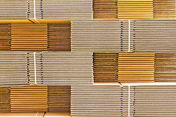 stapel von pappe boxen - box falten stock-fotos und bilder