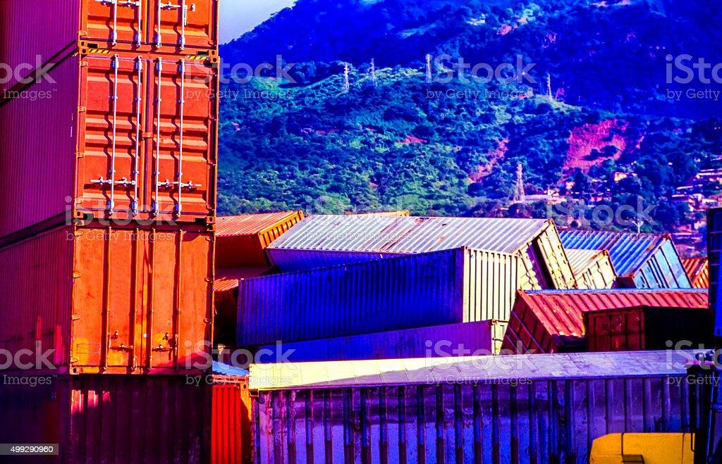 Stapel von Cargo container Crash – Foto