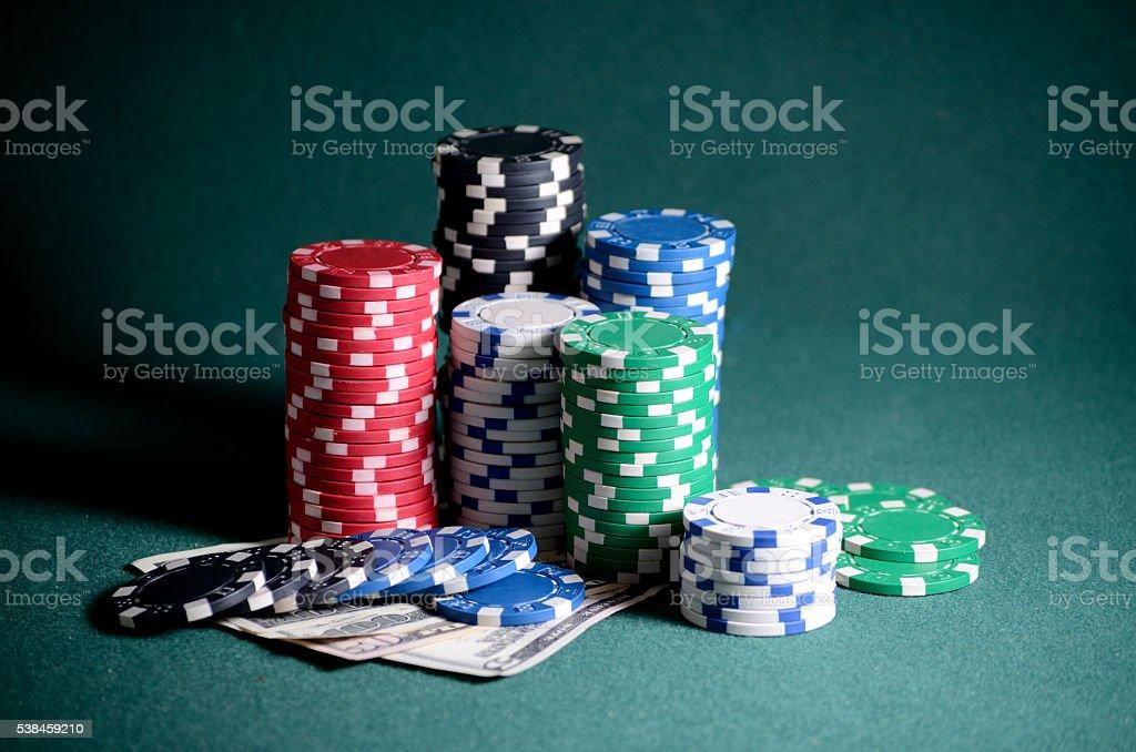 Самые крупные фишки в казино рулетка buzz