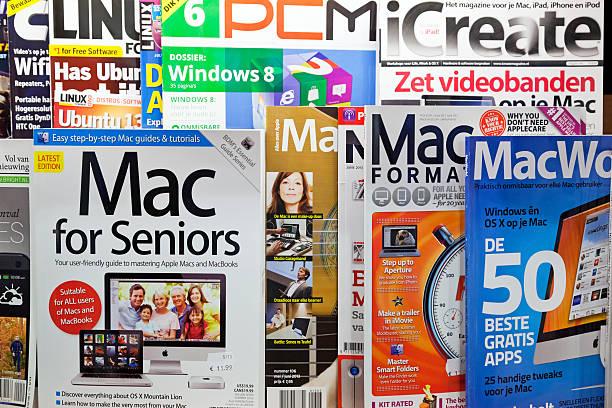 stapel von zeitschriften - microsoft windows stock-fotos und bilder