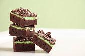 スタックのミントチョコレートファッジブラウニー