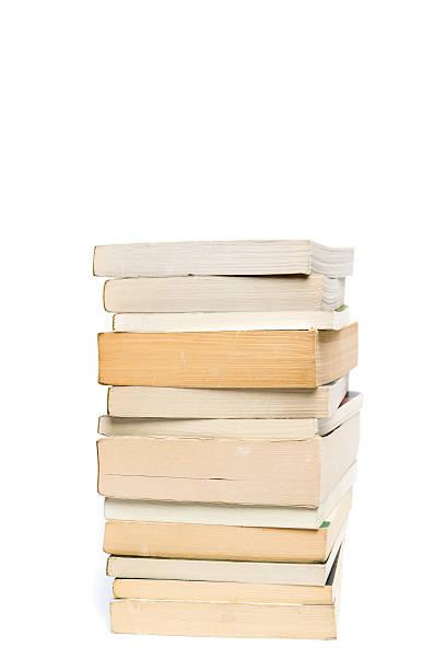 stack of white paperback books isolated on white with copyspace - brochura - fotografias e filmes do acervo