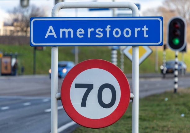 stad limiet teken van amersfoort, nederland - place sign stock pictures, royalty-free photos & images