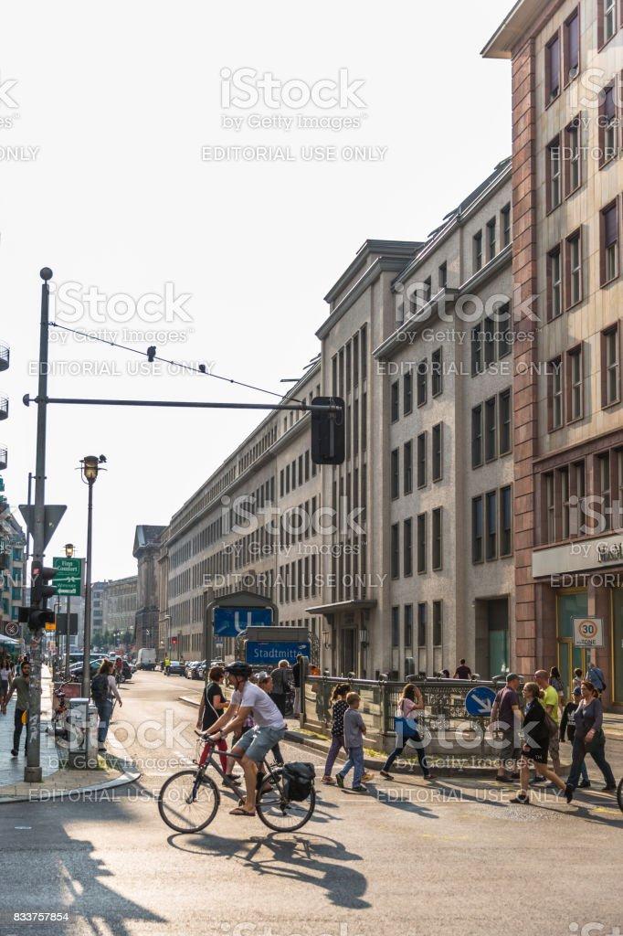 Stadtmitte-U-Bahn-Station – Stockfoto - Lizenzfrei Architektur Stock-Foto