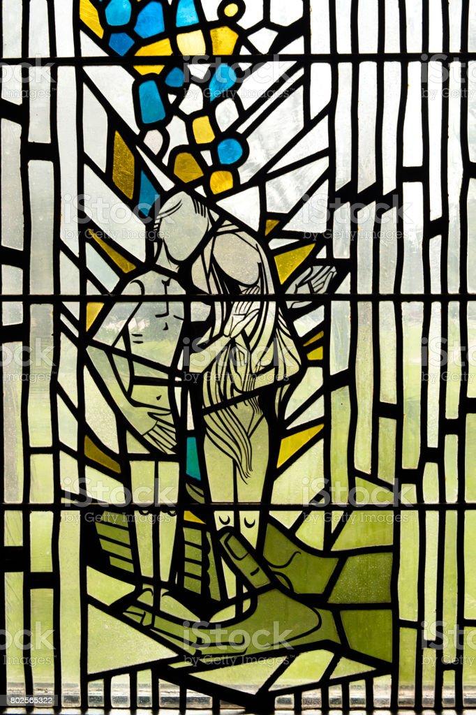 Glasfenster in der Kirche von Adam und Eva – Foto