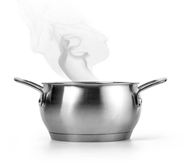 roestvrijstalen pot - steelpan pan stockfoto's en -beelden