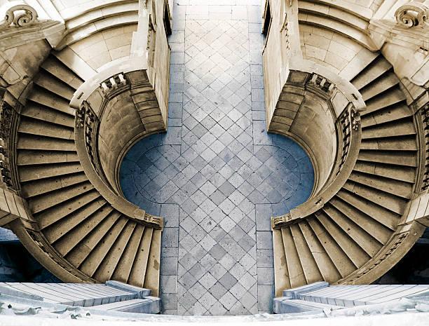 Eine Treppe von der Certosa di San Lorenzo, Padula – Foto