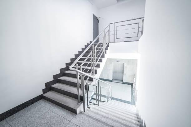treppe - treppe stock-fotos und bilder