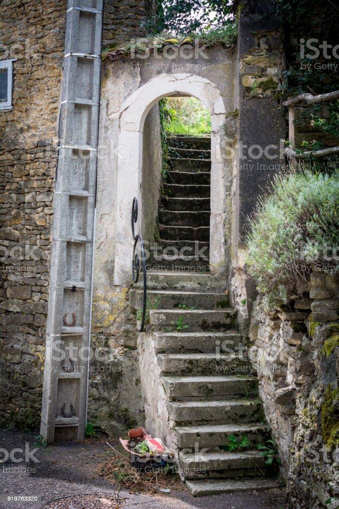 Photo libre de droit de Escalier Dans Un Village Français ...