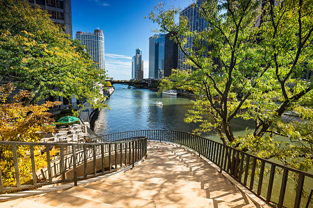 Stairs to the Chicago Riverwalk Walkway path down to the Chicago River walk, Illinois, USA promenade stock pictures, royalty-free photos & images