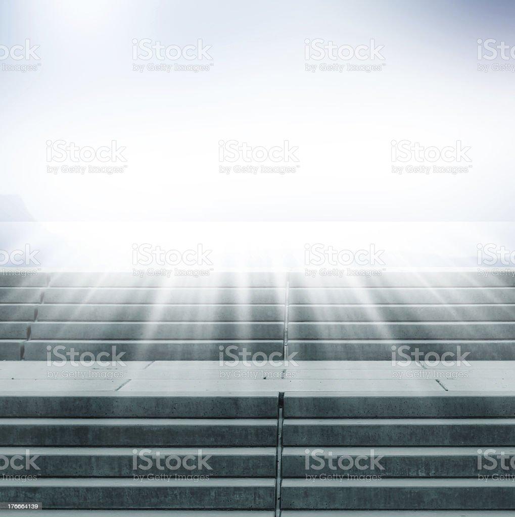 Escalera hacia el cielo foto de stock libre de derechos