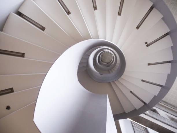 stairway of golden ratio - golden ratio zdjęcia i obrazy z banku zdjęć