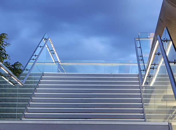 stairway to heaven!! - stairway to heaven englische redewendung stock-fotos und bilder
