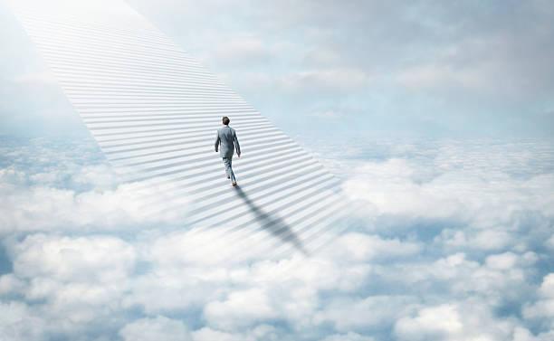schody do nieba - niebo życie pozagrobowe zdjęcia i obrazy z banku zdjęć