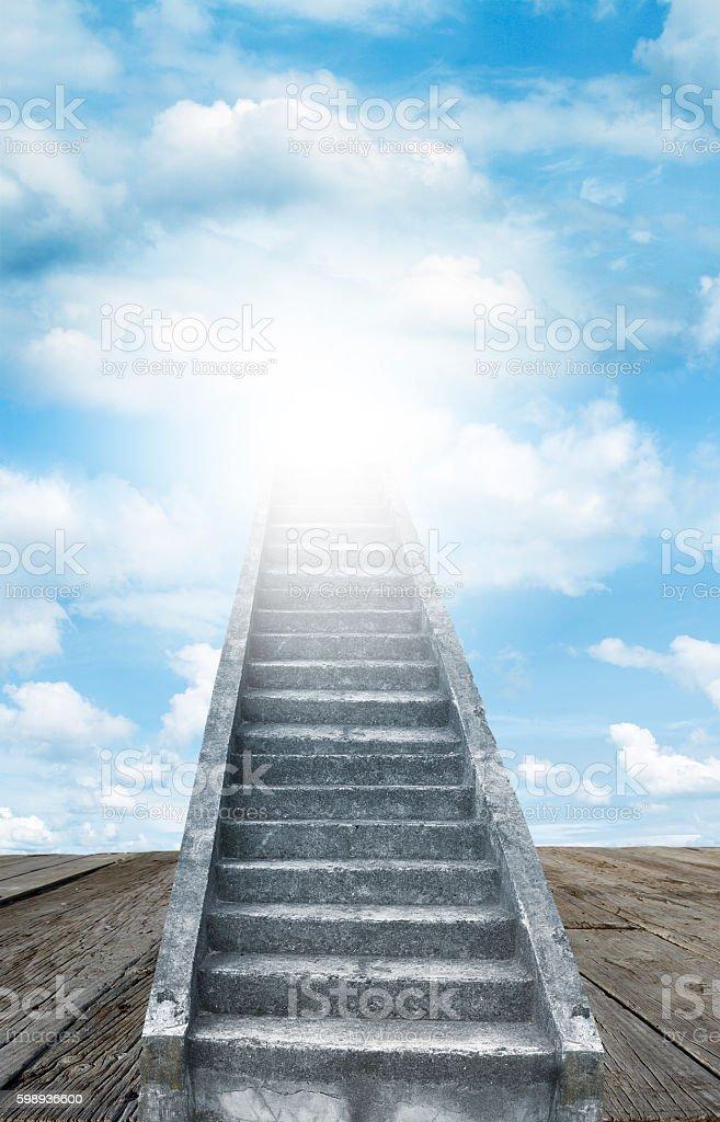 Fotografía de Escalera Hacia El Cielo y más banco de imágenes de El ...