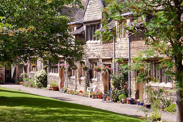 stamford almshouses - 林肯郡 個照片及圖片檔