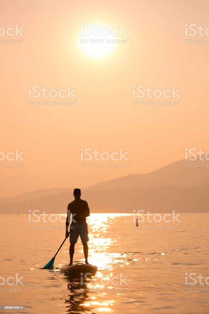 Stand up paddle boarding - Royalty-free Adulto Foto de stock