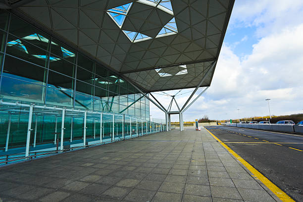 Flughafen Stansted hall – Foto