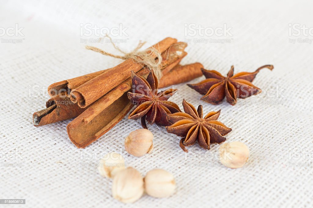 Star anise 'cinnamon sticks 'cardamon seeds stock photo