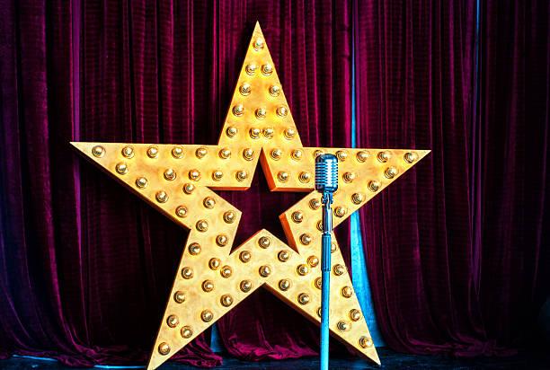 Star, microphone, scène - Photo