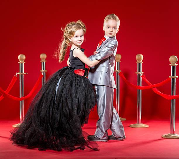 sterne-fahrt - festliche kleider kindermode stock-fotos und bilder