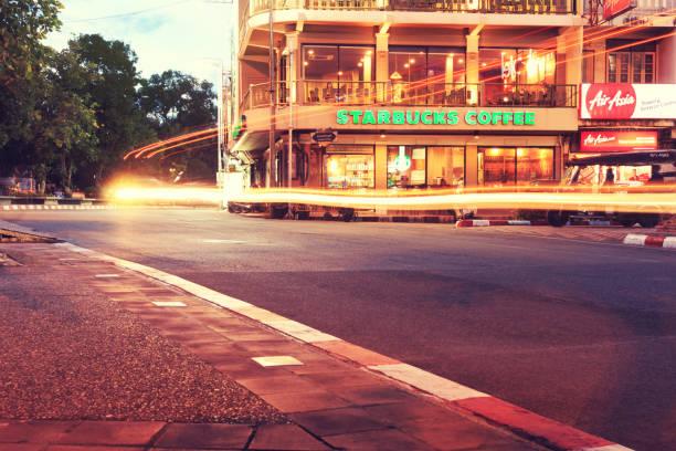 Starbucks coffee house restaurant entrance signboard at thapae road picture id834400380?b=1&k=6&m=834400380&s=612x612&w=0&h=tzh qf6gxtg8v qj7uu g9rf0db2yjt4ndqujthmm i=