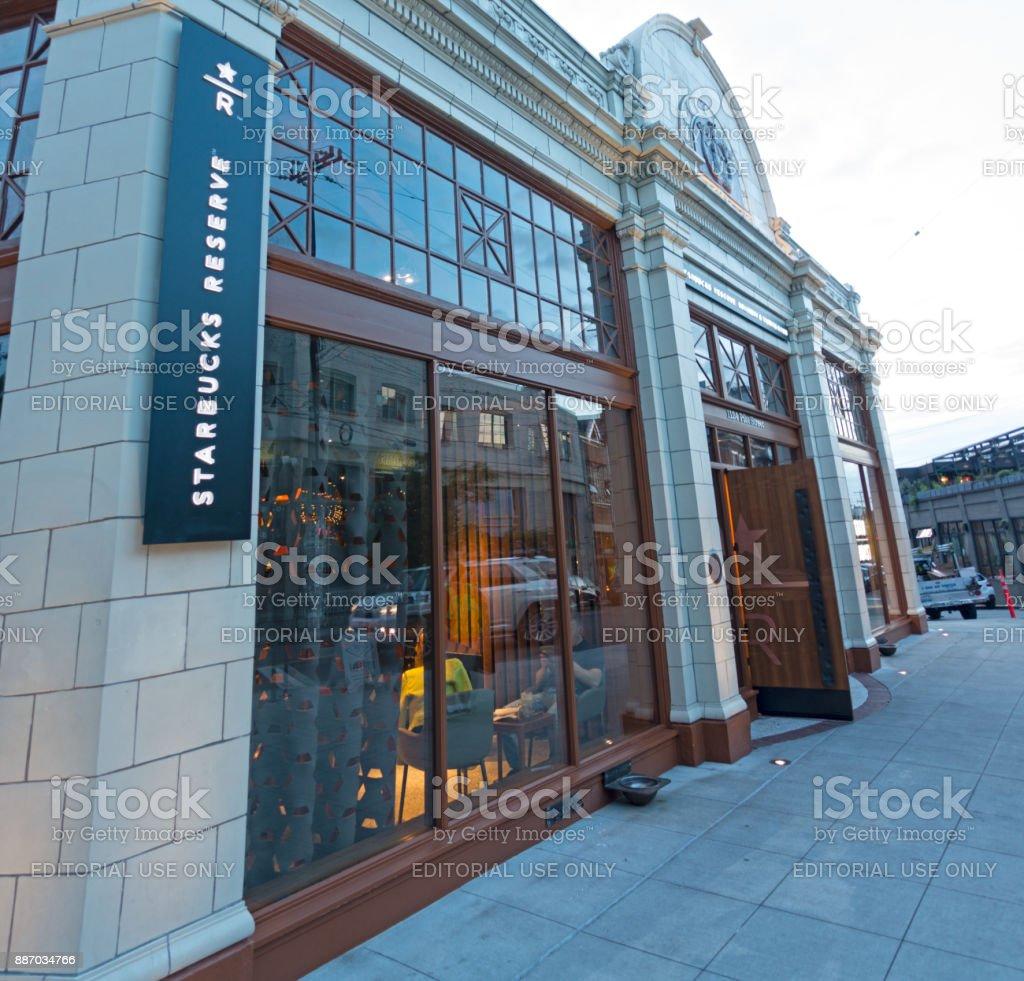 Starbucks Coffee Reserve Roastery And Tasting Room On