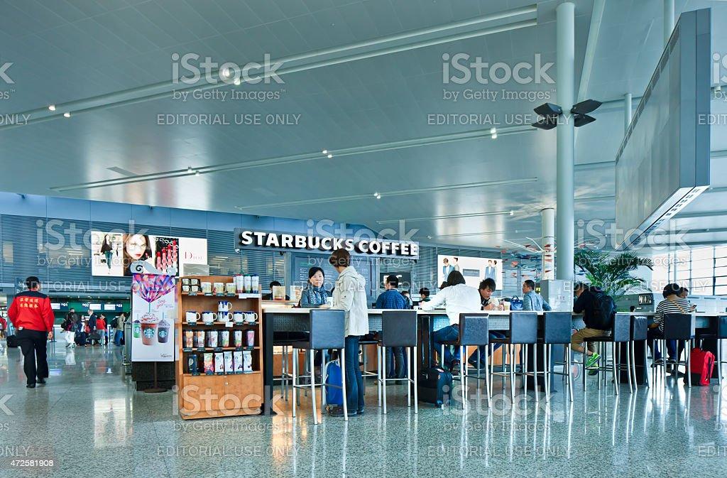 Aeroporto Xangai : Loja starbucks no aeroporto de hongqiao xangai china