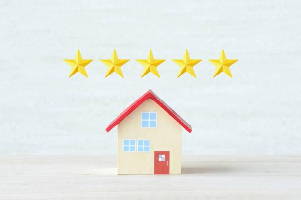 5 sterne bewertung für haus - promi zuhause stock-fotos und bilder
