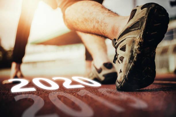 börja ditt liv gott nytt år 2020 - calendar workout bildbanksfoton och bilder