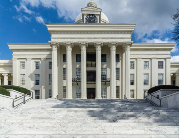 State Capitol Building, Alabama The beautiful state capitol building of the state of Alabama, located in Montgomery. neo classical stock pictures, royalty-free photos & images