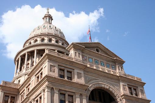 Foto de State Capitol Building No Centro De Austin Texas e mais fotos de stock de Antigo