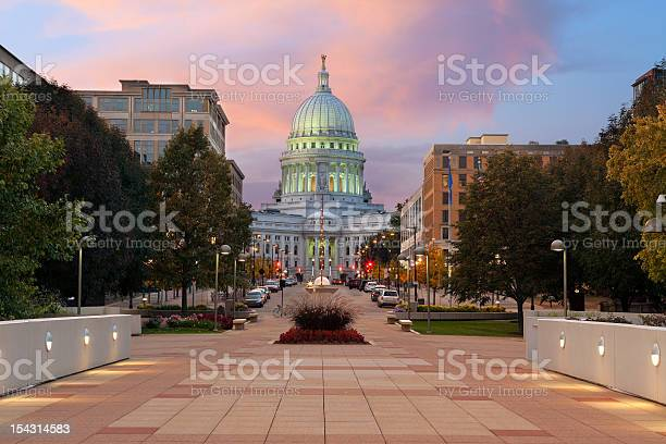 State Capitol Building Madison Stock Photo - Download Image Now