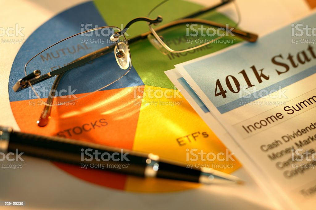 401K Statement on a pie chart suggesting proper asset allocation stock photo