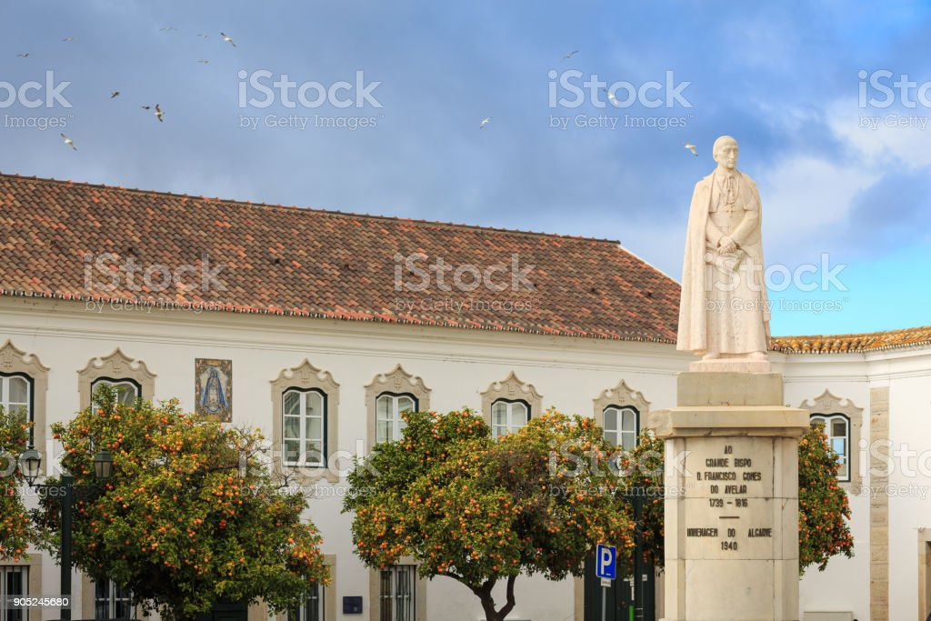 Statue in old town of Faro