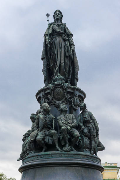 Statue of Catherine the Great The statue of Catherine the Great in Ostrovskij Square near Nevsky Prospekt in Saint Petersburg artistical stock pictures, royalty-free photos & images