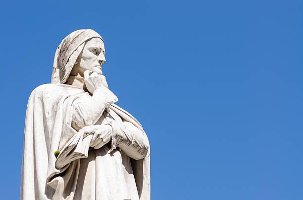 statua di dante alighieri, piazza dei signori, verona, italia - dante alighieri foto e immagini stock