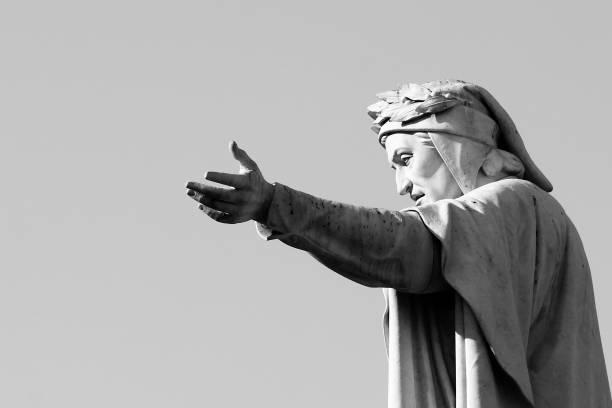 statue of dante alighieri - dante alighieri foto e immagini stock