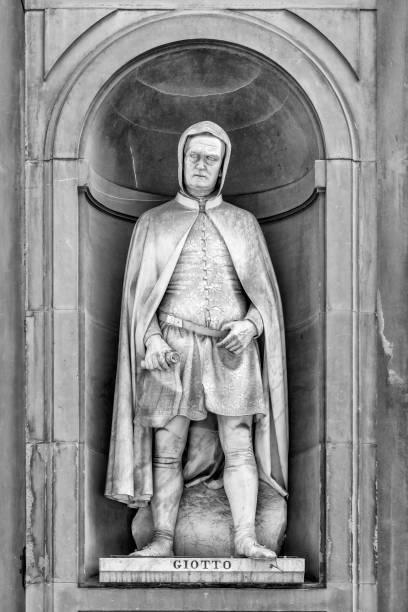 statue von giotto di bondone - giotto stock-fotos und bilder