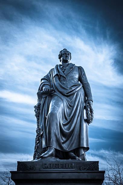 Goethe-Denkmal in Frankfurt, Deutschland – Foto
