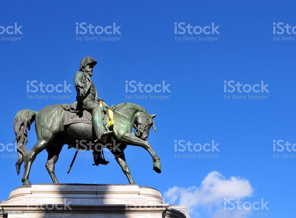 Estátua do rei d. Pedro IV (erigido em 1866) - também imperador Dom Pedro I do Brasil, Porto, Portugal - foto de acervo