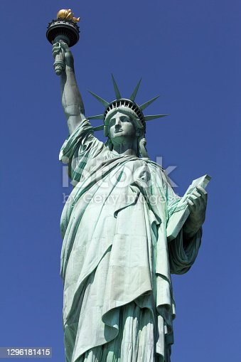 istock Statue Of Liberty National Monument 1296181415
