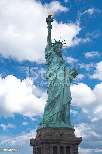 istock Statue of Liberty 918364304