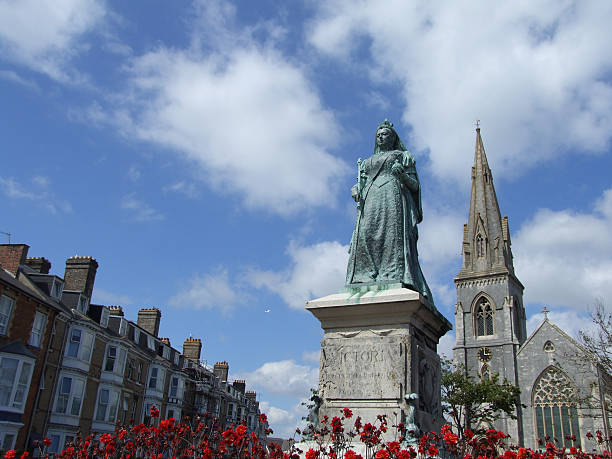 statue of queen victoria - belkindesign stock pictures, royalty-free photos & images