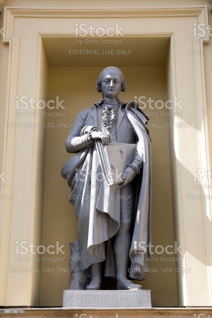 Statue of Raphael Morghen on the facade of the New Hermitage Building in St Petersburg, Russia. stock photo