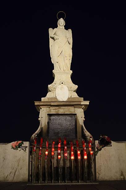 Estátua de San Rafael - foto de acervo