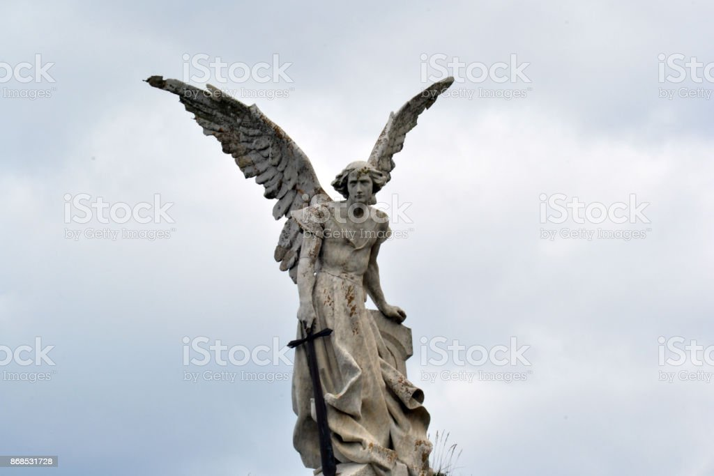 Estatua del arcángel San Miguel de frente stock photo