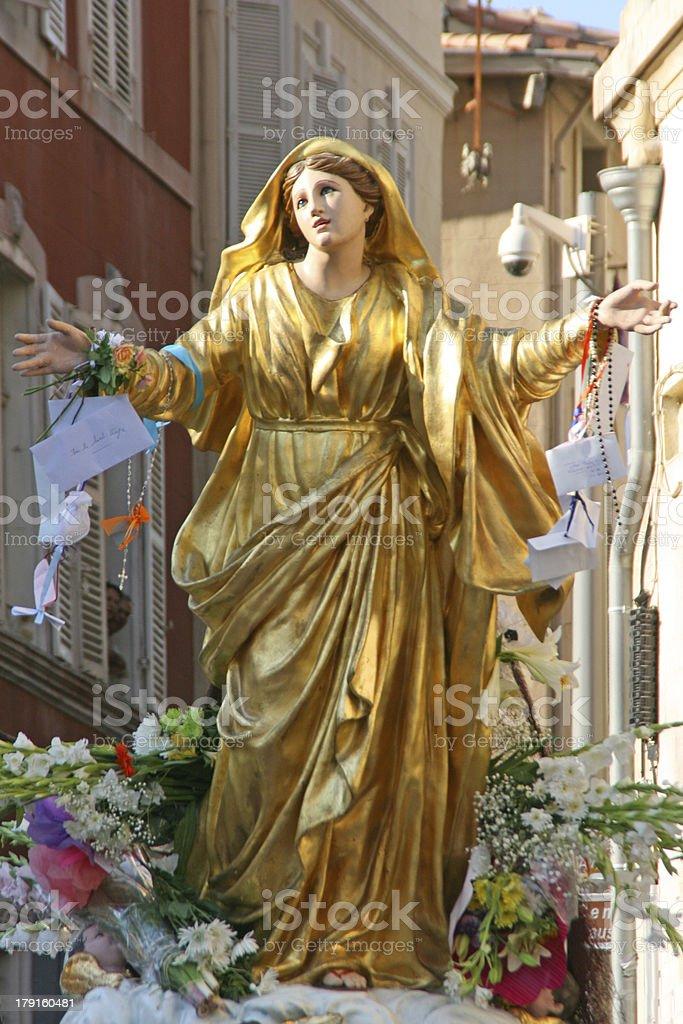 Statue de la vierge Marie, procession de l'Assomption de Marseille, France. - Photo