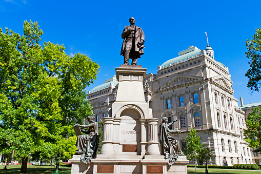Statue of Thomas Hendricks and capitol building, Indianapolis, Indiana
