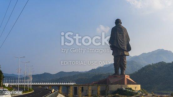 world's tallest statue, statue of unity at narmada dam also called as Sardar Sarovar Dam
